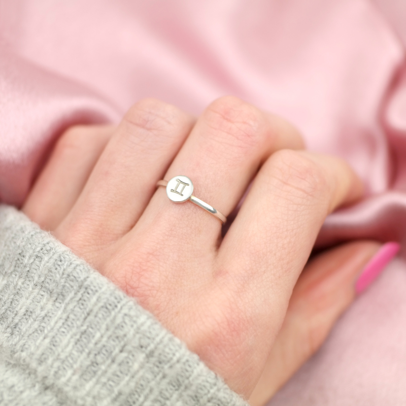 Sterrenbeeld Ring - Tweelingen - mt 16   925 Zilver