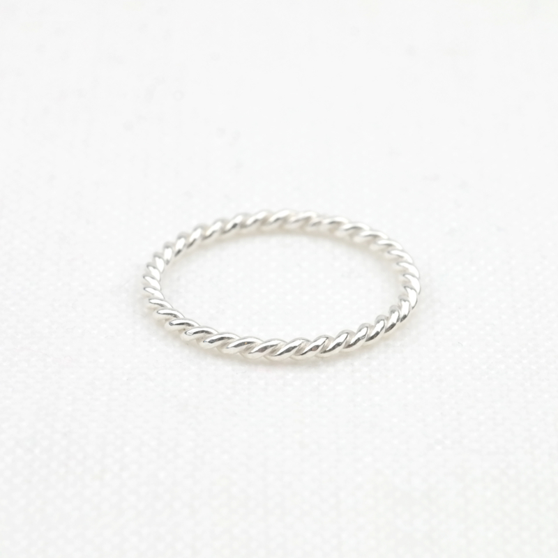 The Twisted Ring | Aanschuifring - 925 Zilver