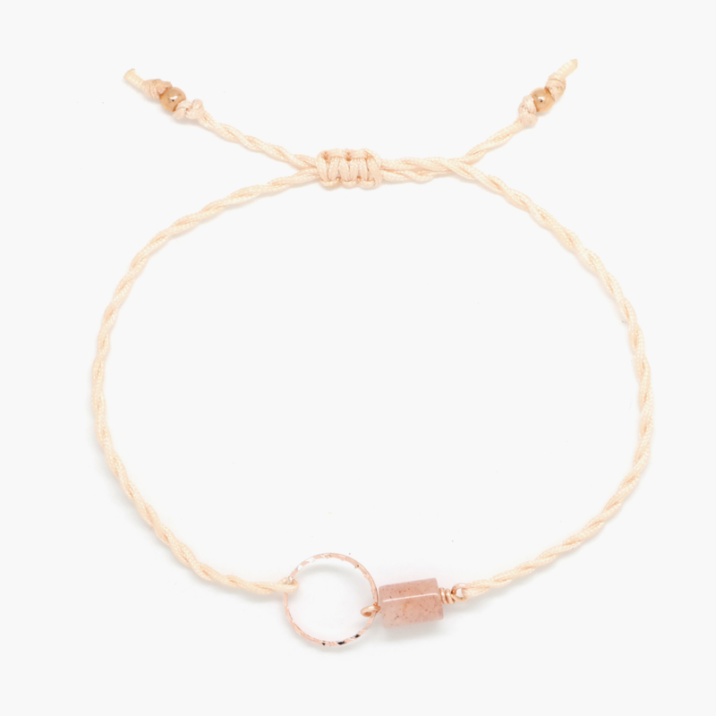 Blossom Sunstone Peach   Zonnesteen Cirkel Armbandje