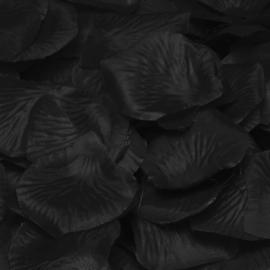 Zwarte rozenblaadjes