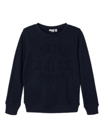 Name it sweater met Reliëfletters