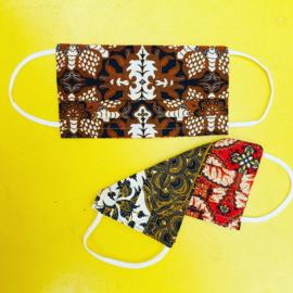Facemask Brown/white Batik