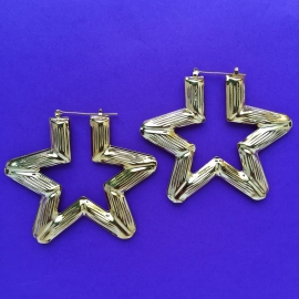 Star Bamboo Earrings Gold