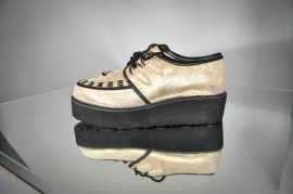 Creepers in metallic gold Size 39,5