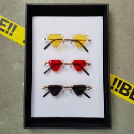 Triangle 90s sunglasses