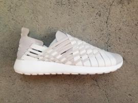 Nike Rosherun Woven -White Grey- Size 42