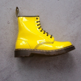 Dr. Martens Yellow Size 40