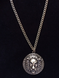 Lion Amulet Long Chain in Bronze