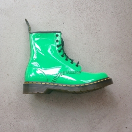 Dr. Martens Green Size 40