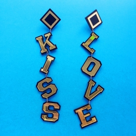 Kiss Love Acrylic  XL Earrings Black/Gold
