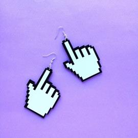 Pointyfinger Earrings