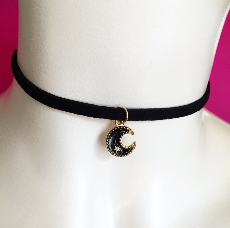 Black Moon Choker Black