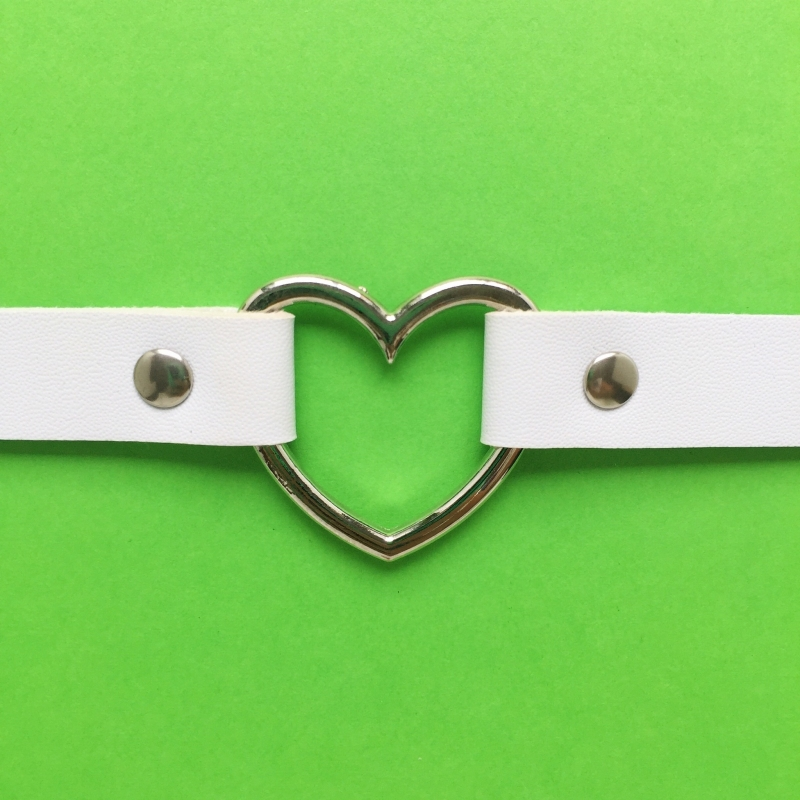 Choker White Silver Heart