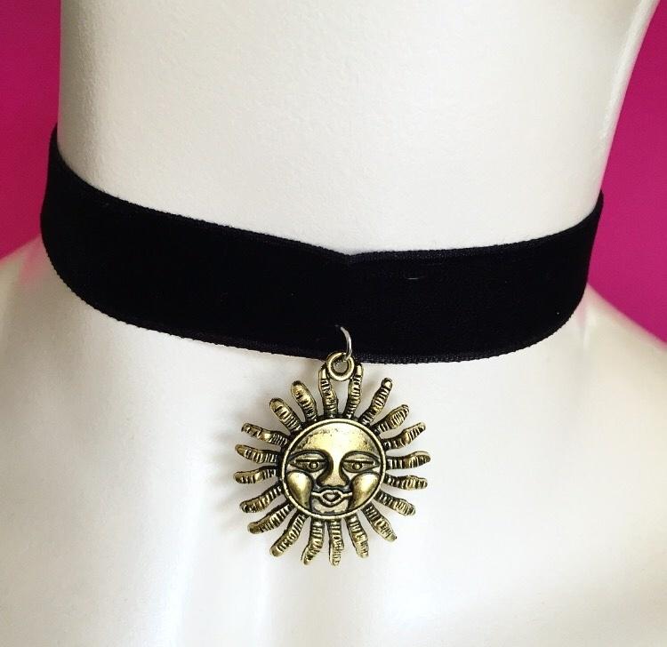Black Velvet Sun Choker