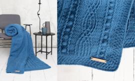 Twisted crochet along jeansblauw