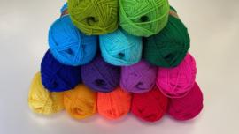 Stylecraft Special DK haakpakket eenpersoons deken Rainbow