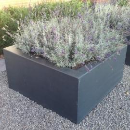 Polyester plantenbak 600x600x400