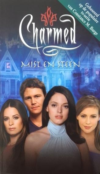 Gallagher, Diana G.  -  Charmed / Mist en Steen