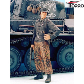 1/16  Figure German Tank Crewman