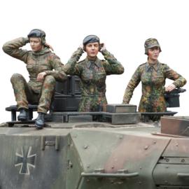 1:16 vrouwlijke Bundeswehr tankcrew, 3 figuren