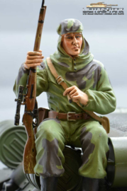 1/16 Figure Soldier WW2 Russian Sniper Tankrider Amobea Pattern green