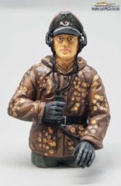 1/16 figure German tank crew wehrmacht erbsentarn commander WW2