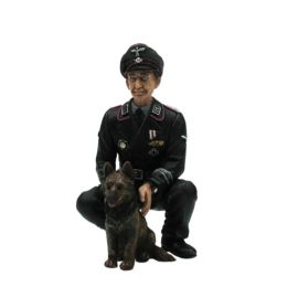 1/16 Figure Colonel Otto Paetsch with dog