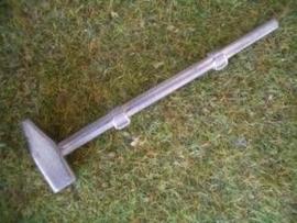PW030. Vorschlaghammer Typ B met houders