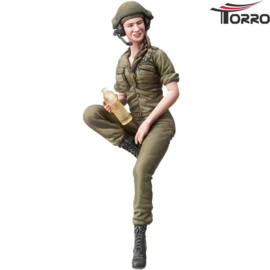 1/16 IDF Female Tank Soldier 1