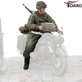 1/16  Figure German Motorcycle Trooper 2