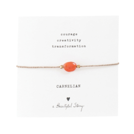 A BEAUTIFUL STORY Gemstone card Carnelian gold bracelet