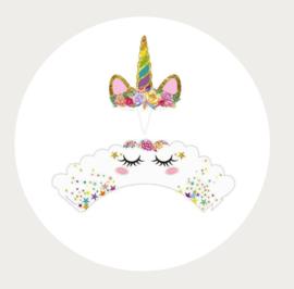 Eenhoorn cupcake wikkel met hoorn 1