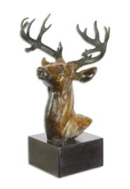 Bronzen beeld van een hertenkop