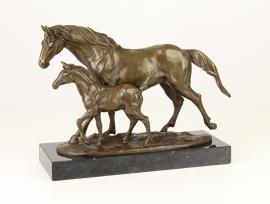 Bronzen beeld paard met veulen