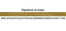 Een DERTIEN-LIGHT BRONS figuratieve kandelaar op marmeren BASE