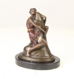Erotisch bronzen beeld van vrouw die een penis omhelst op een marmeren sokkel