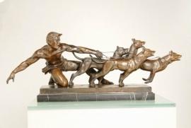 bronzen beeld Loslaten