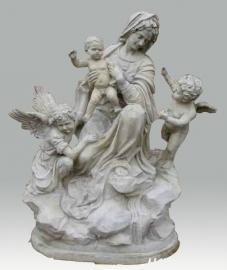 standbeeld met de heiligen Maria