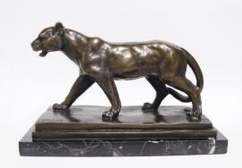 Bronzen wandelende  leeuwin