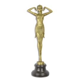 Een gepolijste bronzen beeld van de scarabee danser