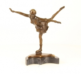 Bronzen beeldje van een kunstschaatster