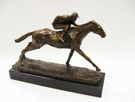A BRONZE SCULPTURE OF A JOCKEY AND HORSE