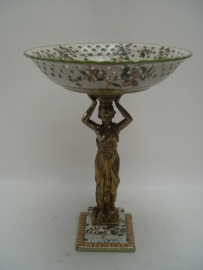 Porseleinen fruitschaal mooi afgewerkt met brons