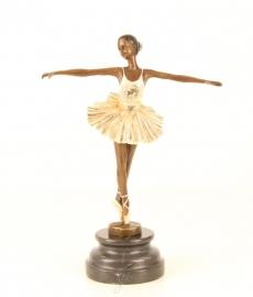 Bronzen beeld van balletdanseres