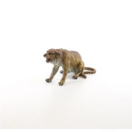 Een bronzen beeld van een tijger
