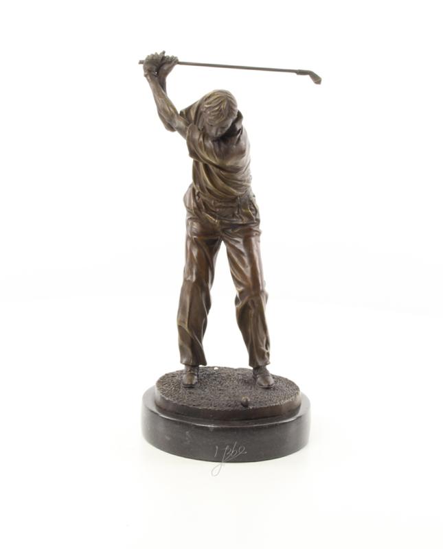 bronzen beeld van een golfer