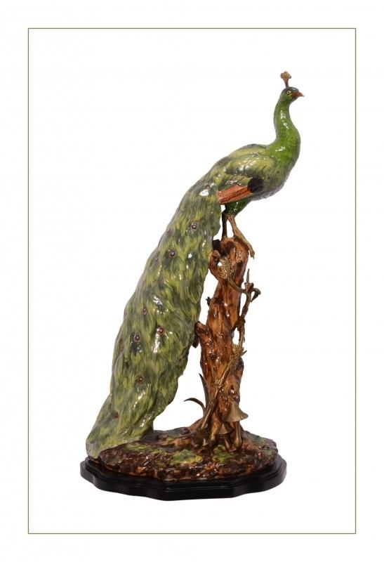 Porseleinen pauw afgewerkt met brons