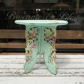 Indonesisch beschilderd tafeltje groot
