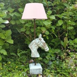 Lamp met paardenhoofd