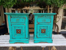 Turquoise kastjes